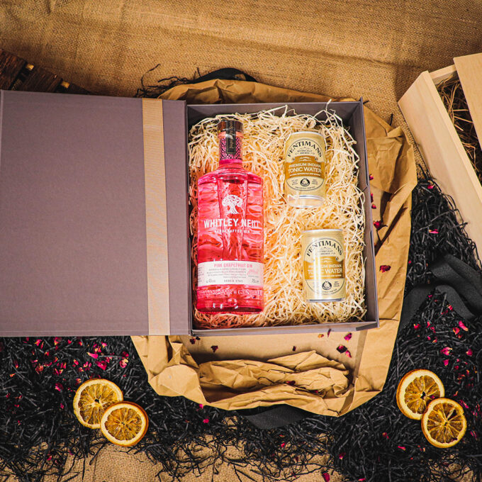 Personalised Whitley Neill Pink Grapefruit Gift Box Embossed Rose Gold with Fentimans Tonics 70cl - 43% ABV