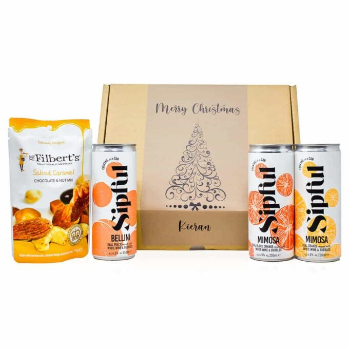 Help your loved one or friend discover their new favourite cocktail with this personalised Christmas gift pack.