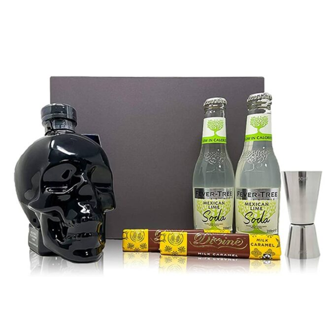 Crystal Head has crafted this brand new gift set, complete with a bottle of its Aurora vodka! It doesn't just look fab on the outside, inside the bottle you'll find silky, slightly spicy vodka distilled from Yorkshire wheat. The bottle is accompanied by Mexican Lime Soda